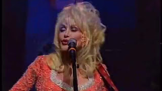 Dolly Parton Performs for The University of Tennessee College of Arts & Sciences Class of 2009