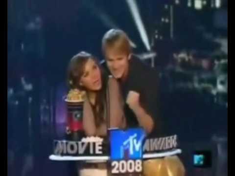 Best kiss Briana & Robert (Step up: the street)