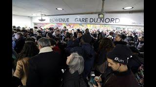 'No Christmas break' in transport strike, French union warns