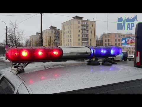 Смотреть Вследствие ДТП в Санкт- Петербург два человека госпитализированы с серьёзными травмами онлайн