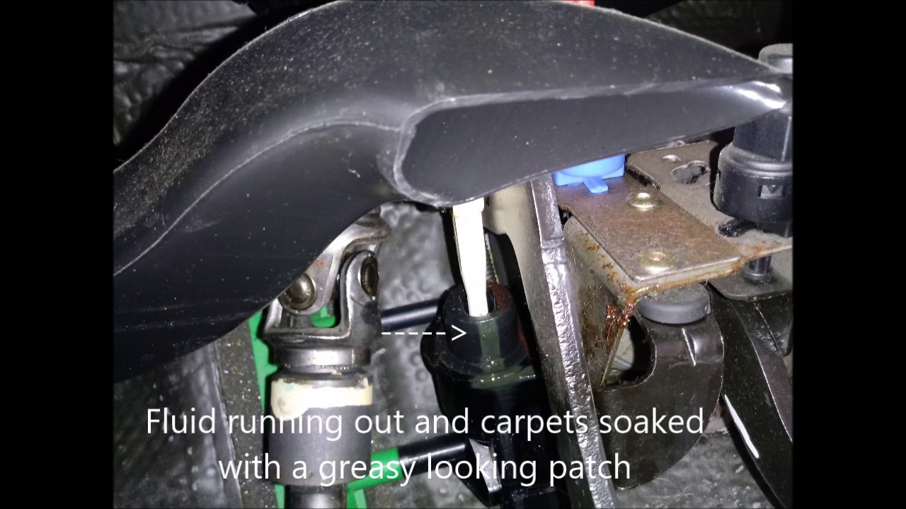 Ford Focus Clutch Master Cylinder fit trick and remove