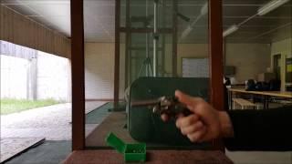 Tir au revolver Smith & Wesson modèle 2 calibre .32 ( poudre noire )