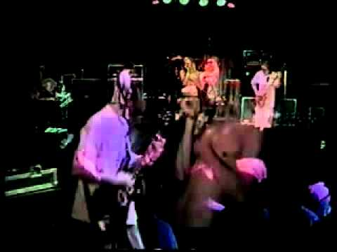 Incubus - Idiot Box ( Live at the Whisky Dec.12 1996 ) [www.Keep-Tube.com]