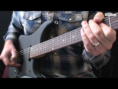 Guitar Lesson: How to play a basic kill switch lick