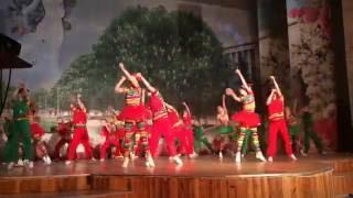 Образцовый танцевальный коллектив 'Юность'