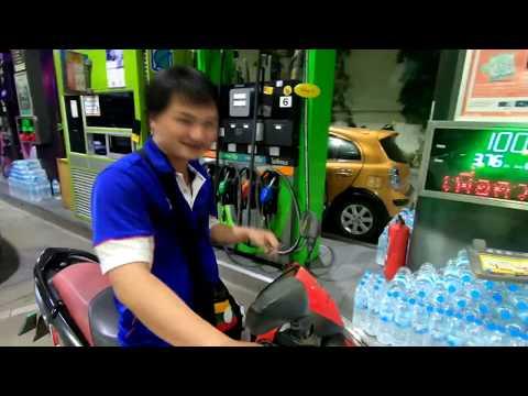 EP 63 _ Hello Thailand ขับมอเตอร์ไซค์ไปกินอาหารที่ตลาดเลียบล่วน