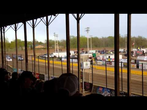 Opening race at viking speedway(9)