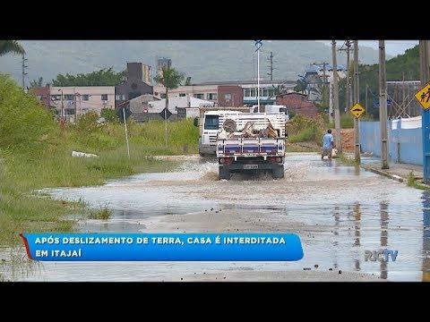 Estragos com a chuva são registrados em todos os bairros de Itajaí