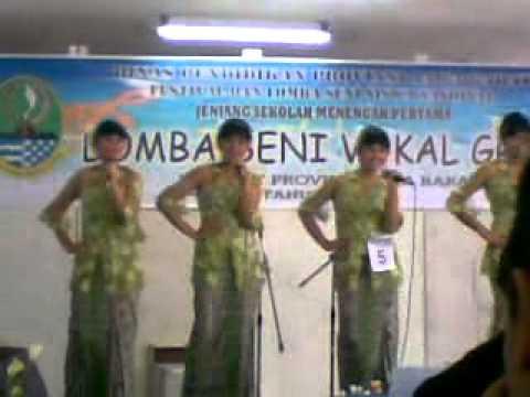 SMPN 2 Bandung - Payung Fantasi (FLS2N 2011)