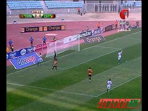 L'arbitrage Africain dans ses oeuvres... Match ES Tunis (TUN) Vs JSM Béjaïa (ALG)