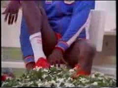 16 days of glory - Carl Lewis Long Jump