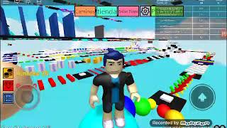 playing a parkor in roblox