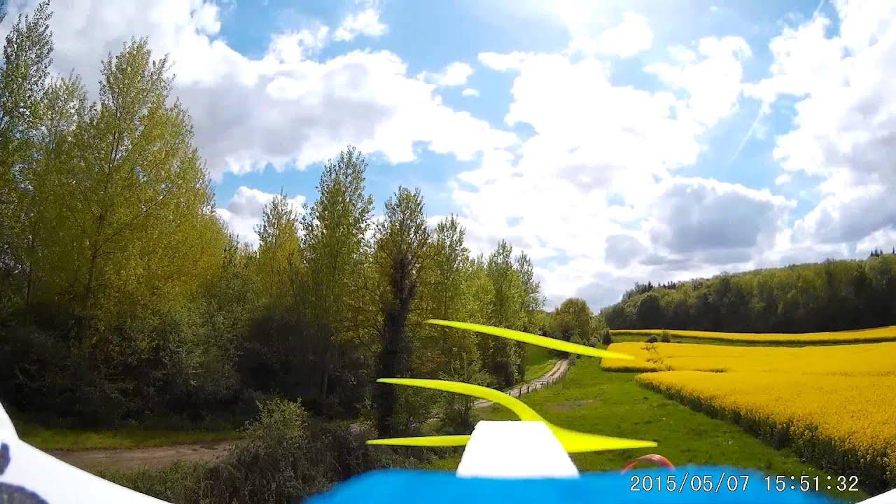 vol dans un pré avec magnim : avion en epp - YouTube