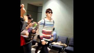 Yunho @ Toronto Pearson International Airport [18/05/2011] - Fancam (Part 1)