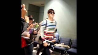 Yunho @ Toronto Pearson International Airport [18/05/2011] - Fancam (Part 1)