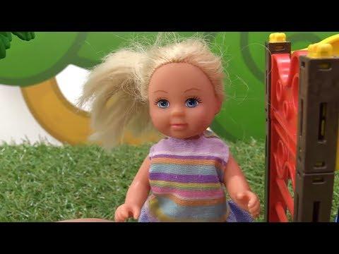 Барби мультик с куклами НА ДЕТСКОЙ ПЛОЩАДКЕ Barbie dolls videosиз YouTube · Длительность: 4 мин26 с