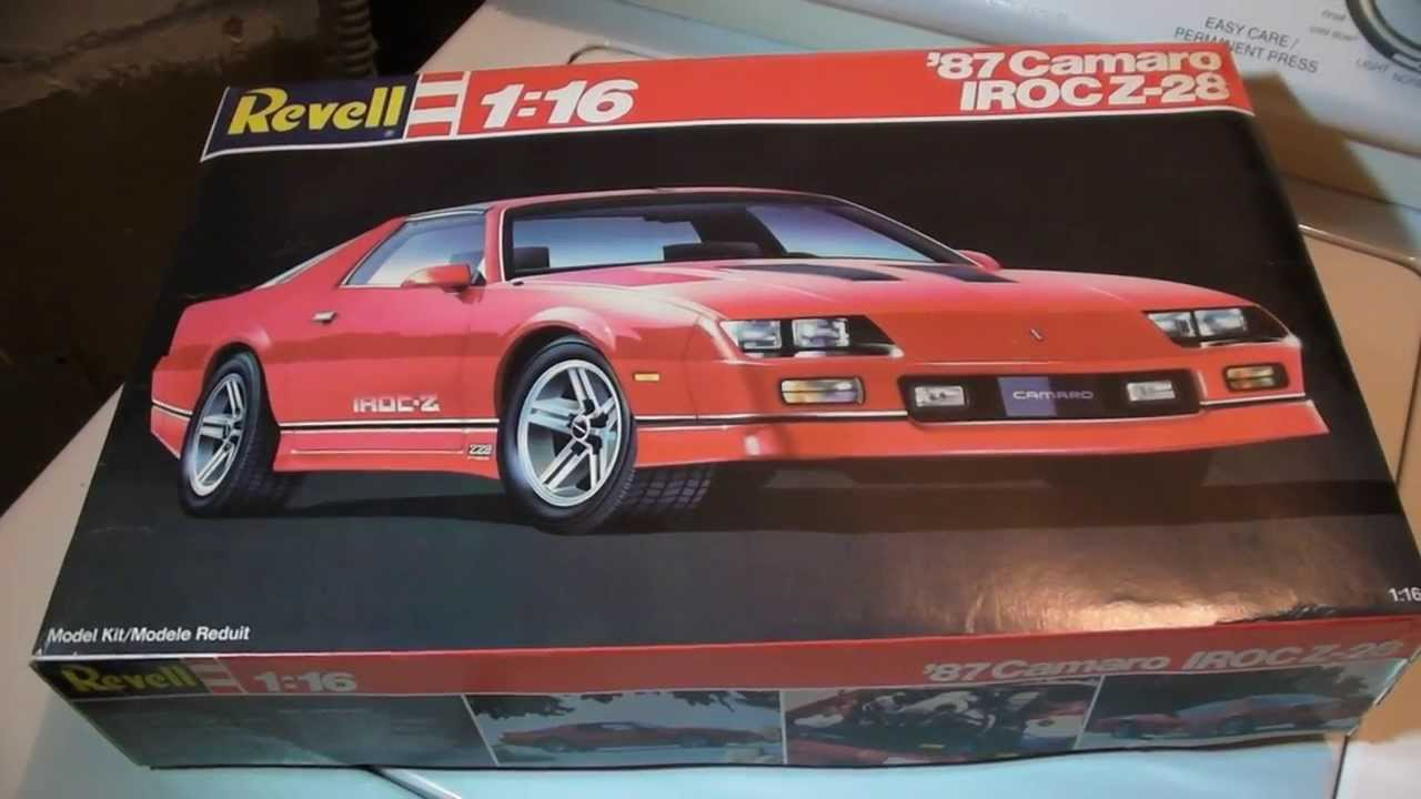 Revell 1/16 scale '87 IROC-Z in-box Review - YouTube