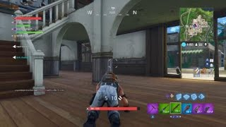 Fortnite Battle Royal WHAT IS THIS GLITCH!?!?!?