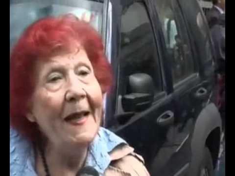 Donna Anziana Capelli Rossi Emmeffeonline