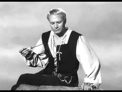 Olivier's Hamlet film 1948 To Be Or Not To Be soliloquy - YouTube