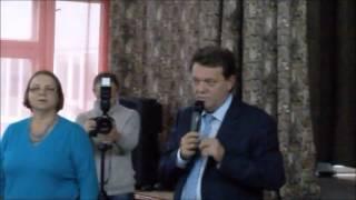 Кандидат в мэры Томска Иван Кляйн был загнан в угол жителями Мокрушина