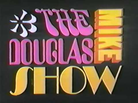 Mike Douglas Show w/Sonny & Cher, Dr. Joyce Brothers (+ Cher 2 songs) 10/15/69 Pt. 4