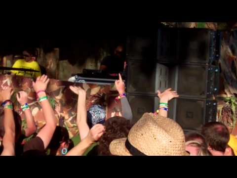 High Contrast  @ Coachella 2011 - new track 'Fearful Symmetry'
