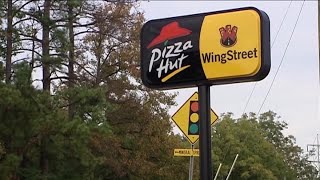 Pizza Hut expands beer delivery service
