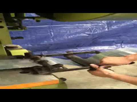 Также такой материал часто используется в качестве сердечника для колючей проволоки. Где купить проволоку пружинную?. Развивающийся металлосервисный центр на территории украины освоил производство проволоки пружинной согласно гост 9389-75 и 14963-78 на собственных мощностях.
