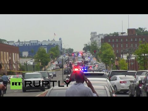 LIVE: Washington Navy Yard on lockdown after reports of 'active shooter'
