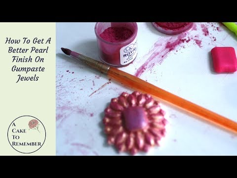 How to get a good shine on gumpaste or fondant jewels for cake decorations.