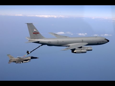 Boeing KC-135 Air Refueling - USAF Documentary
