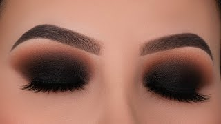 Classic Black Smokey Eyes Tutorial