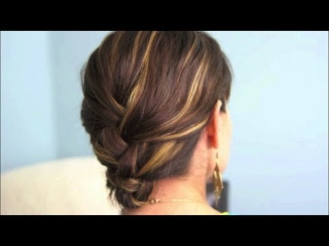 tucked-french-braid-|-cutegirlshairstyles-|-disney-style