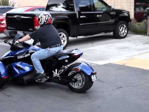Test Rides with Seth Bowman (Lee and the 2010 Can Am Spyder)
