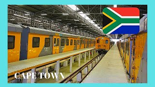 CAPE TOWN, my adventurous train ride in South Africa to Simon's Town