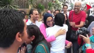فيديو| إطلاق سراح ماهينور المصري ويوسف شعبان: «يسقط حكم العسكر»
