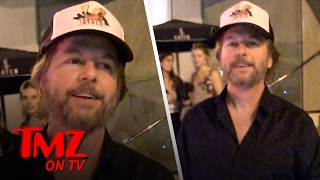 We Finally Now Know How David Spade Gets All The Ladies | TMZ TV