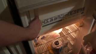 Как открыть холодильник.