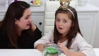 OMG! Avas Kopf steckt im Glas! Halloween Deko Idee | Geschichten und Spielzeug