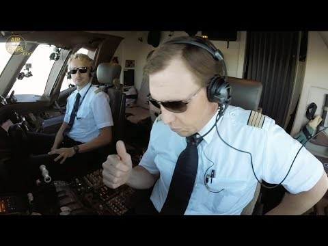 Boeing 777F Lufthansa Cargo Captain Rikard & Crew ARE BACK! ULTIMATE COCKPIT MOVIE #3 [AirClips]