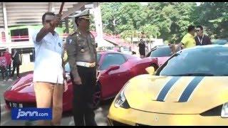 60 Mobil Sport Ferrari Konvoi Jakarta Cirebon - JPNN.COM