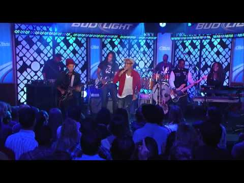 BoB featuring Bruno Mars Nothin  on You