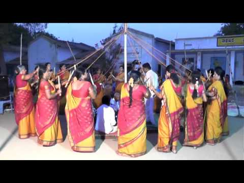 INDIAN FOLK DANCE 'KOLATTAM' PERFORMANCE BY WOMEN