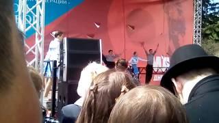 танец яблочко концерт в Новосибирске 9 мая