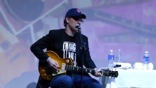 Video Joe Bonamassa & Norm Harris - Confessions of a Vintage Guitar Dealer download MP3, 3GP, MP4, WEBM, AVI, FLV Agustus 2018