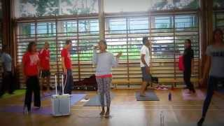 Neil Patel - Chi Kri Hip Hop Yoga - Slow Mo workout with Angela!
