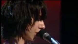 PJ Harvey  - Shame  - lyrics - Live, 2004  - Uh Huh Her