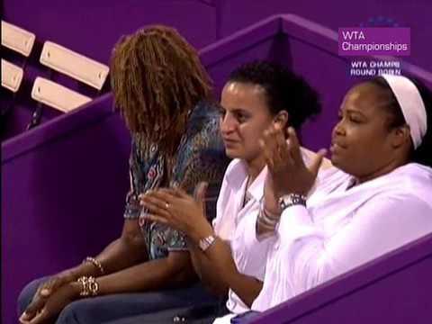Serena Williams vs Svetlana Kuznetsova - 2009 WTA Tour Championships RR Highlights