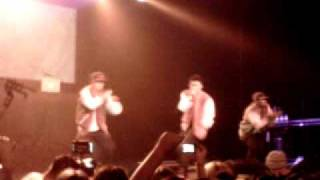 Tyler Medeiros ft Danny Fernandes - Girlfriend @The Sound Academy